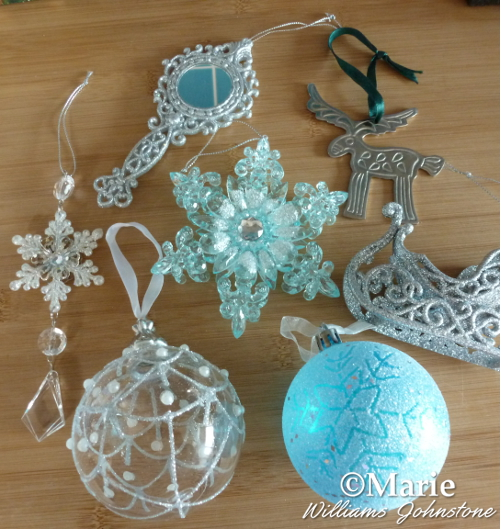 christmas tree ornaments mirror ice blue snowflake sleigh white - Narnia Christmas Party Decorations And Ideas