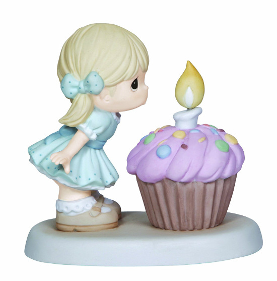Cupcake Figurines For Birthdays And Collecting