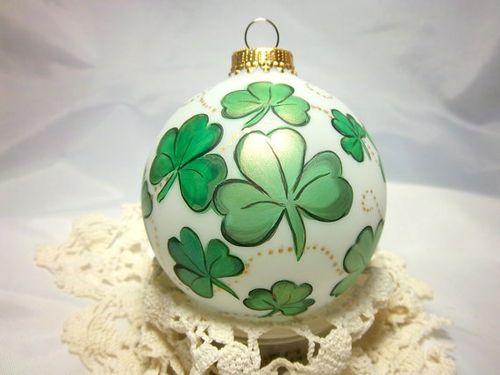 Traditional Glass Christmas Tree Ornaments : Traditional irish christmas ornaments for the tree