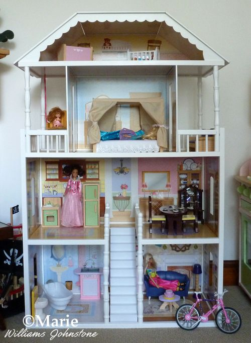 Kidkraft house home dollhouse toy for fashion dolls wooden dollhouse Barbies