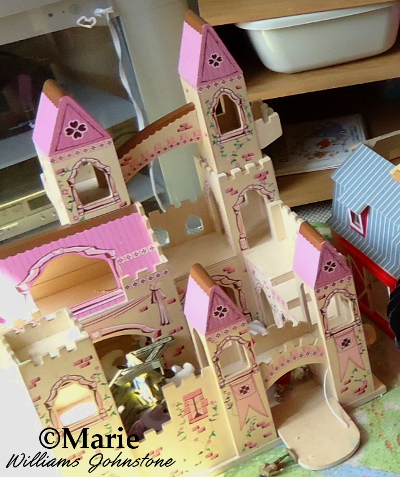 Melissa and doug pink princess wood castle toy top gifts 4 year old girl