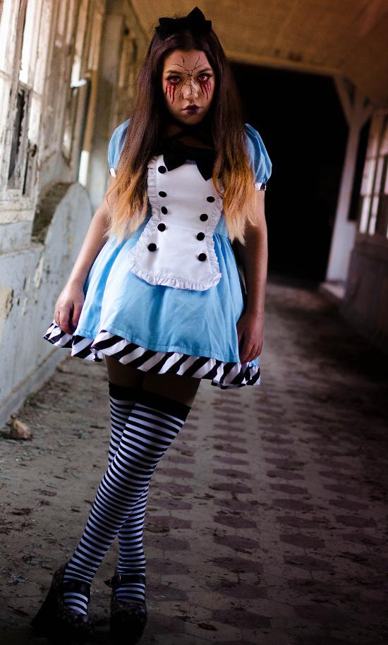 horror evil twisted malice dark alice in wonderland costume ideas